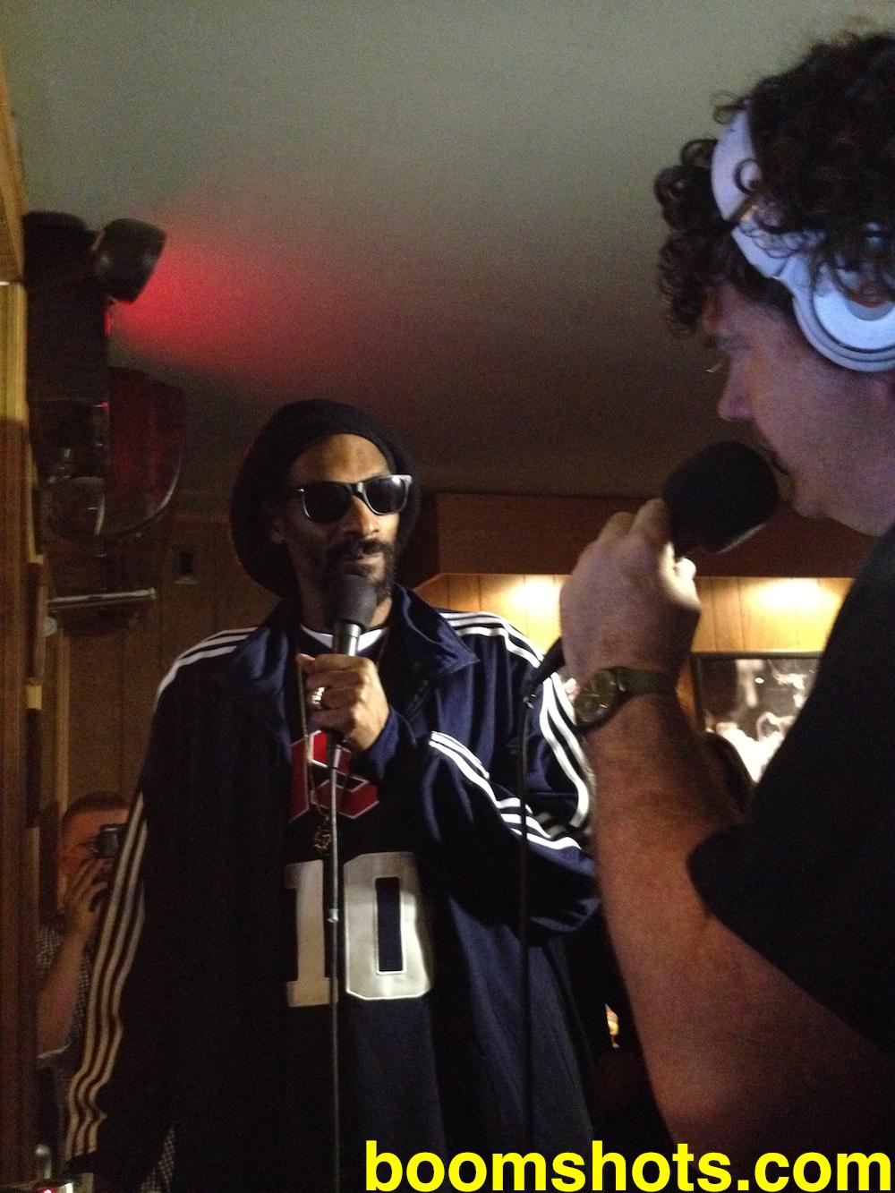 Snoop Lion Pon Radio Lily