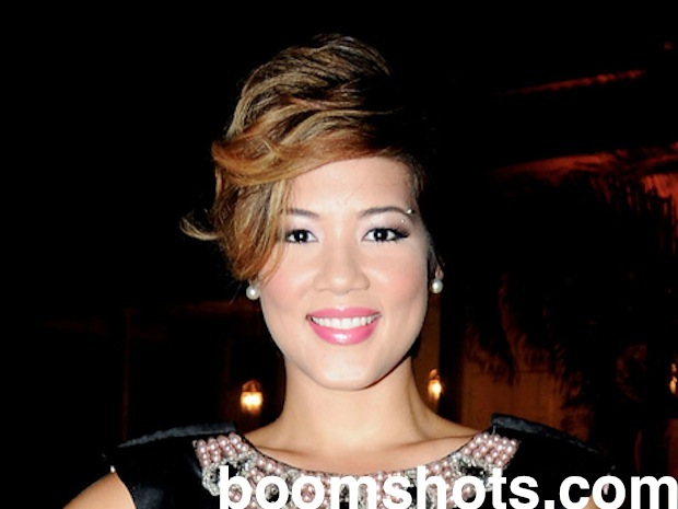 "Tessanne Chin Kills It On ""The Voice"""