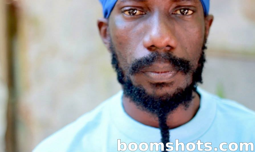 "Sizzla ""Humble Thought"""